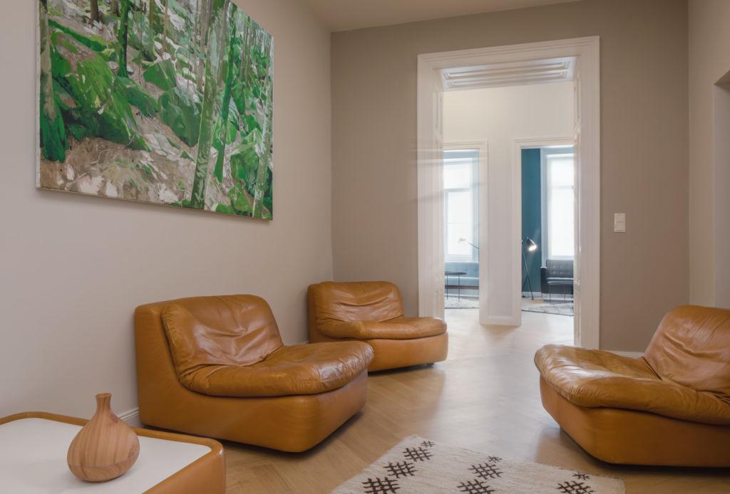 Wiener Couch Empfangsraum (c) Michael Baumgartner | KiTO